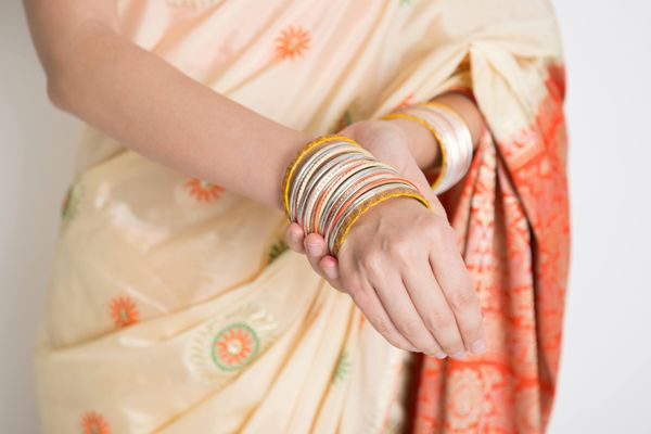 Easy Tips on Storing and Maintaining Silk Sarees | Cleanipedia