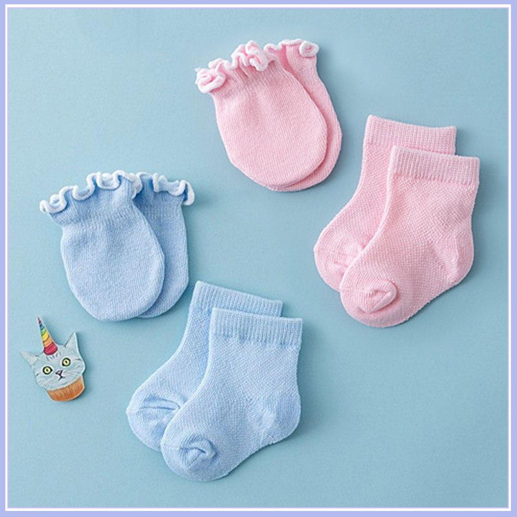 Bao tay, vớ chân cho trẻ sơ sinh