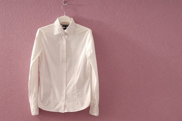 Love that white shirt? This is how you can keep its whiteness intact!