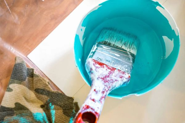 Cách sơn nhà khéo léo, không cần phải di dời đồ đạc