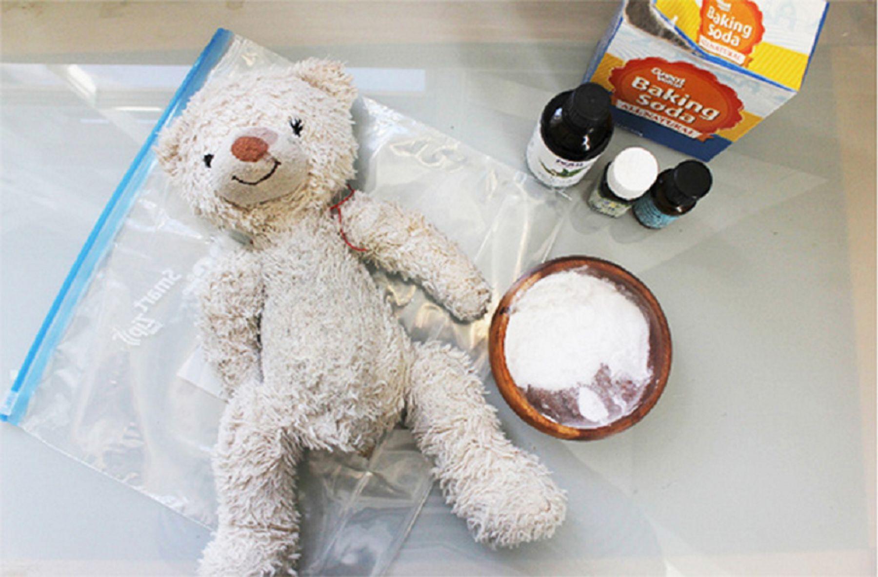 Step 4: Cách giặt gấu bông bằng baking soda
