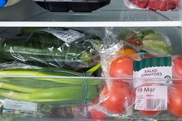 Có nên sử dụng rau củ để lâu trong tủ lạnh?