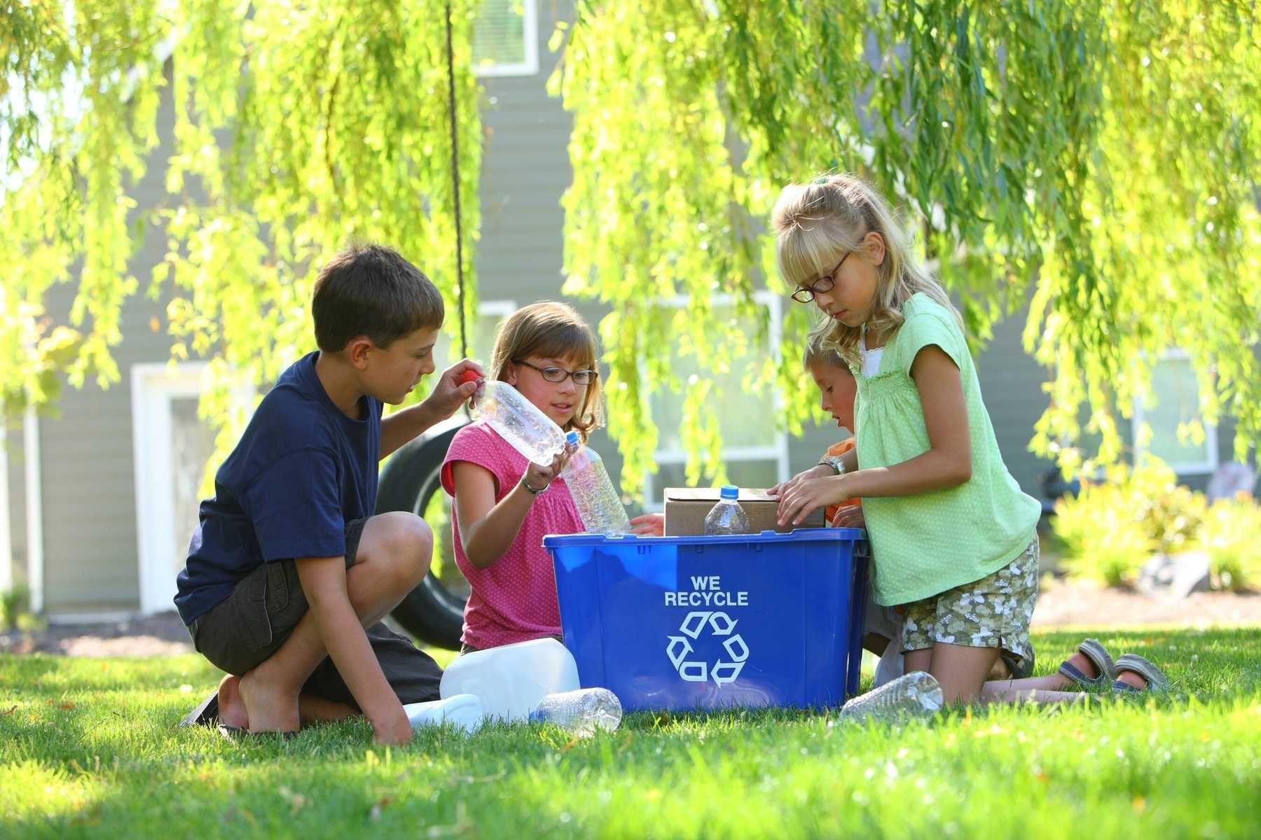 cách bảo vệ môi trường ngay tại nhà bạn nên dạy cho trẻ