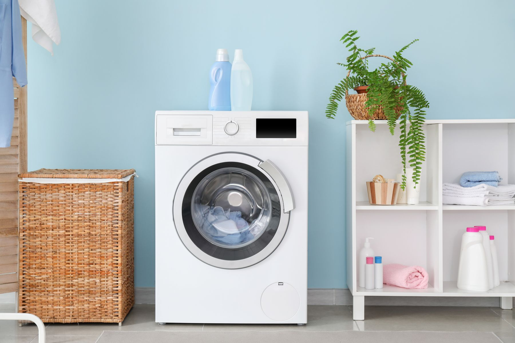 Wondering What Is A Smart Washing Machine shutterstock 1544449238