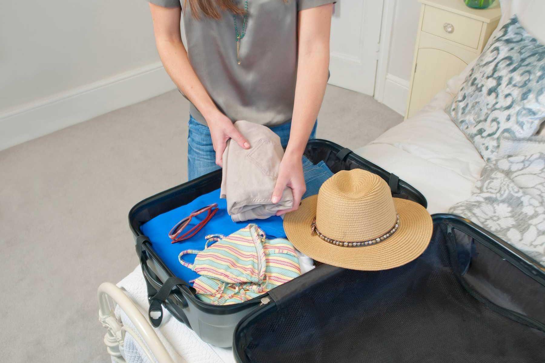 Du lịch nước ngoài cần chuẩn bị những gì?